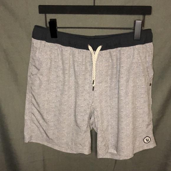 Vuori Kore Lined Shorts, size XL
